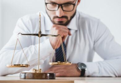prawnik a radca prawny